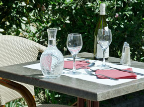La table est dressée !
